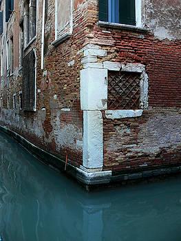 Venice-20 by Valeriy Mavlo