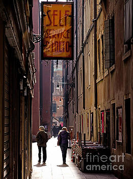 Marc Daly - Venice alley