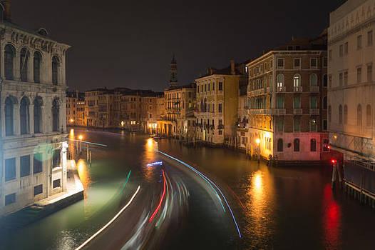 Venice night traffic by Andrew Lalchan