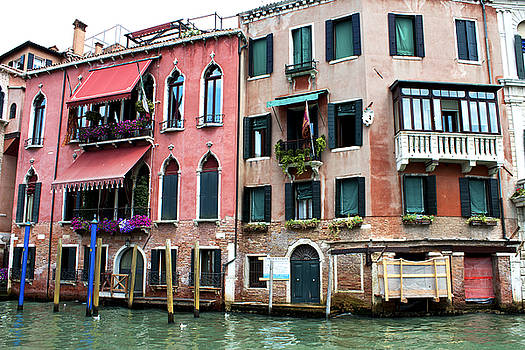 Venice red by Milan Mirkovic