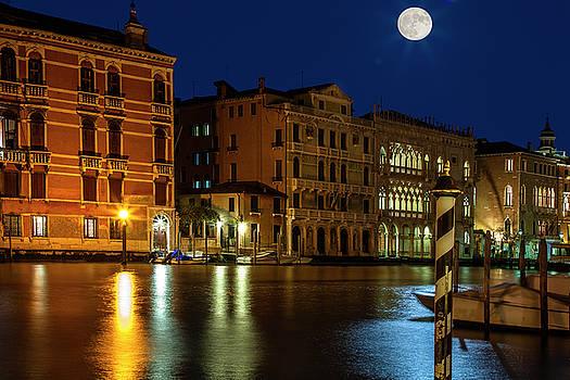 Venice Super Moon by Andrew Soundarajan