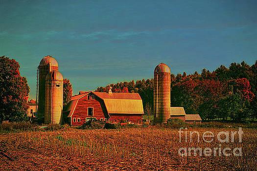 Vermont Autumn Barn by Deborah Benoit