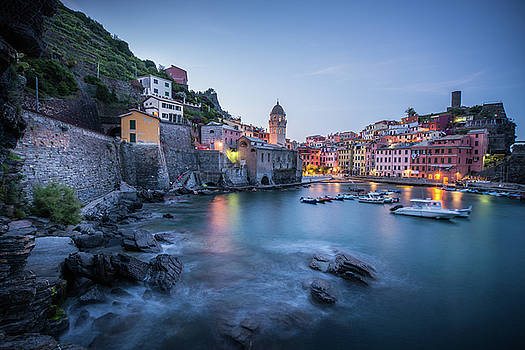 Vernazza Sunrise by Peak Photography by Clint Easley