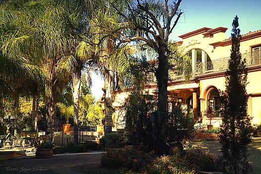 Joyce Dickens - Viaggio Winery Owners Estate 1