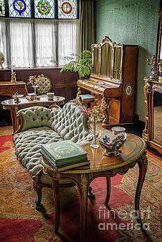 Adrian Evans - Victorian Life