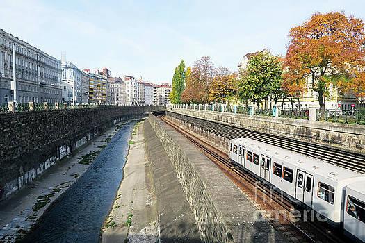 Christian Slanec - Vienna Canal