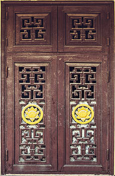 Vietnamese window and wall texture background by Eduardo Huelin