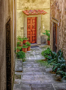 View Down the Alley-Cortona by Georgette Grossman