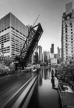 View from Kinzie by Zouhair Lhaloui