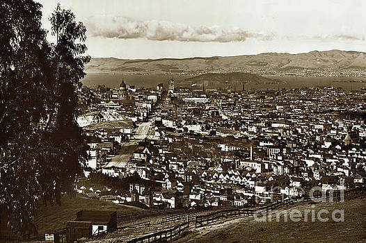 California Views Mr Pat Hathaway Archives - View from Twin Peaks Looking East down Market Street, San Francico 1902