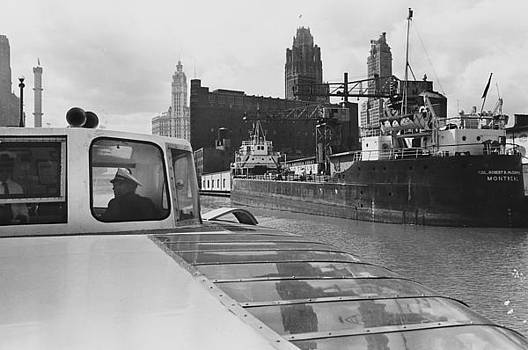 Chicago and North Western Historical Society - View of Chicago River From Wendella - 1962