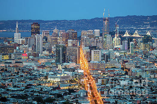 View over San Francisco by Night, California in USA by Amanda Mohler
