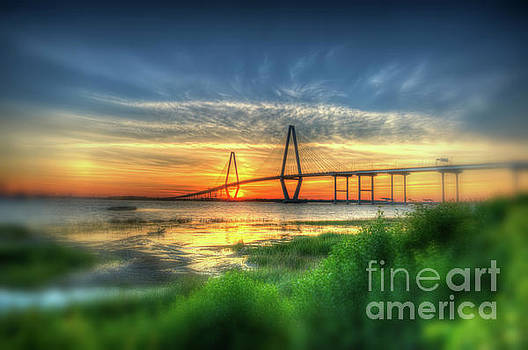 Dale Powell - Vignette Blur of the Ravenel Bridge