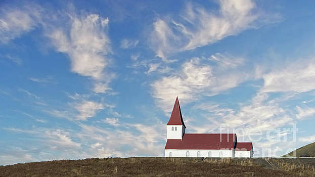 Vik Church 1 by Jerry Fornarotto