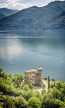 Villa La Gaeta Lake Como Italy by Joan Carroll