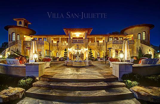 Villa San-Juliette by Peak Photography by Clint Easley