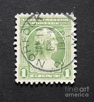 Patricia Hofmeester - Vintage 1932  postage stamp with George Washington