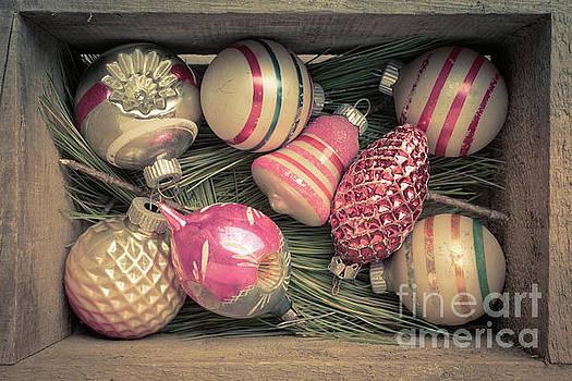 Edward Fielding - Vintage Christmas Baubles Ornaments