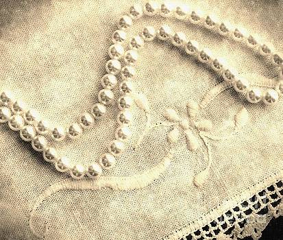 Barbara Griffin - Vintage Lace and Pearls