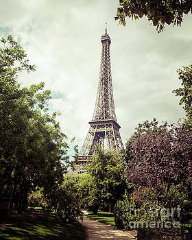 Vintage Paris by Paul Warburton