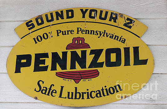 Dale Powell - Vintage Penzoil Metal SIgn