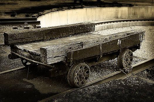 Scott Hovind - Vintage Rail Cart