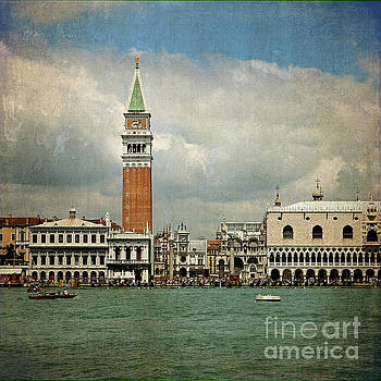 Vintage Venice by Liz Alderdice