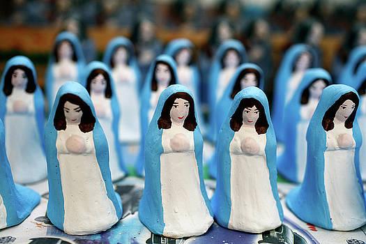 Gaspar Avila - Virgin Mary figurines