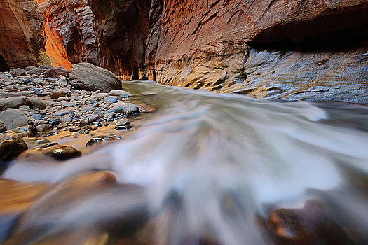 Virgin River rapids at the Narrows at Zion National Park by Jetson Nguyen