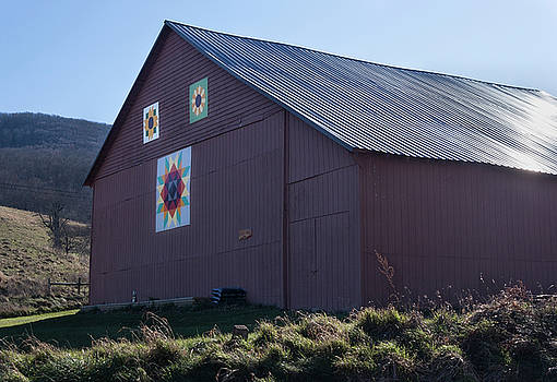 Virginia Barn Quilt Series XXXI by Suzanne Gaff