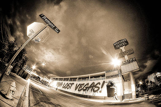Viva Lost Vegas by Julie Bergonz