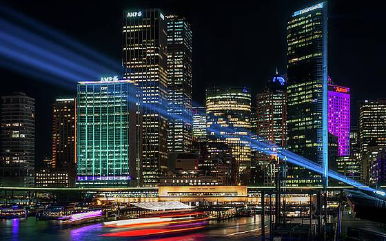 Vivid Sydney at Circular Quay by Daniela Constantinescu