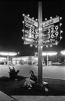 Richard McCloskey - VN Blvd.-073-34 Mobil Gasoline Sign
