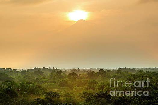 Tim Hester - Volcan Tajumulco Guatemala Sunset