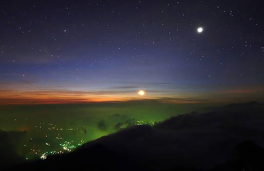 Volcano Tajumulco by Kurt Williams