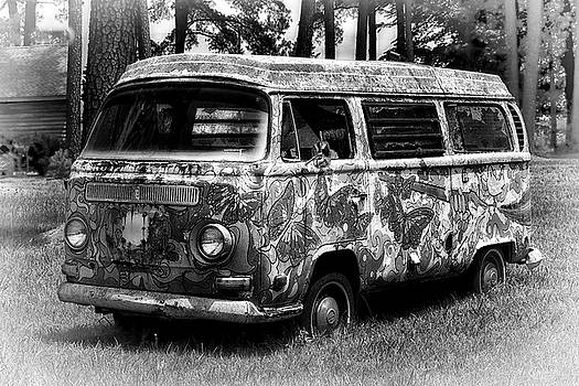 Volkswagen Microbus Nostalgia in Black and White by Bill Swartwout Fine Art Photography