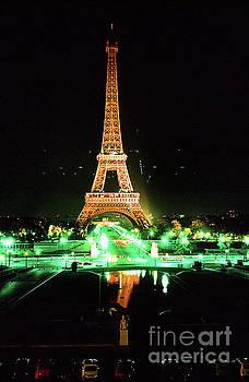 California Views Mr Pat Hathaway Archives - Vue de la tour eiffel by night Paris France  1978