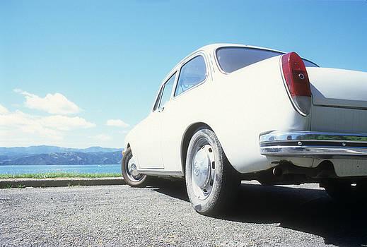 VW Notchback Type 3 by Alex Hinds