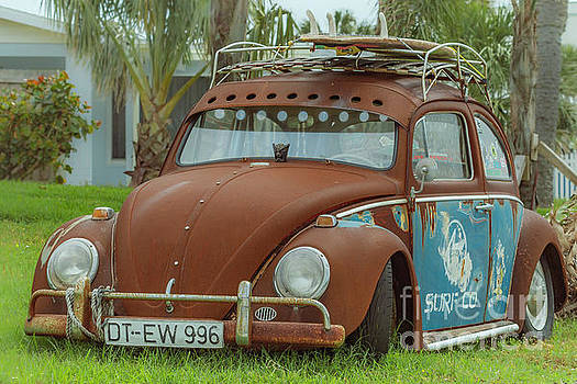 Cool VW Surf Mobile by Edie Ann Mendenhall