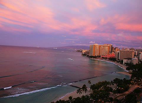 Waikiki beach by Sergey  Nassyrov