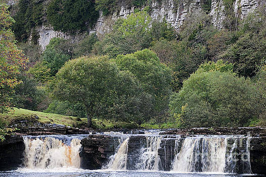 Wain Wath Force and Cotterby Scar by Gavin Dronfield