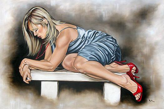 Waiting by Ilse Kleyn