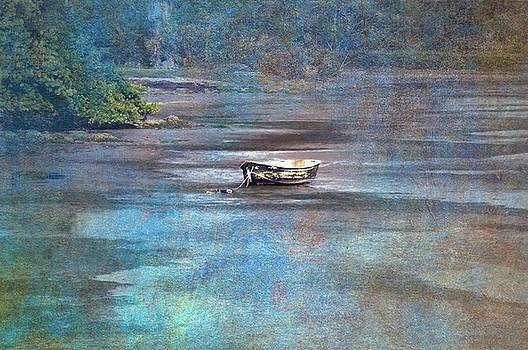 Waiting on the tide by Eagle Finegan