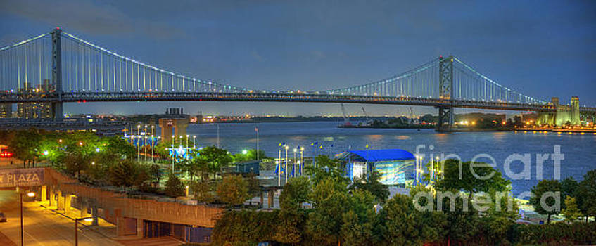 David Zanzinger - Benjamin Franklin Bridge Lighted
