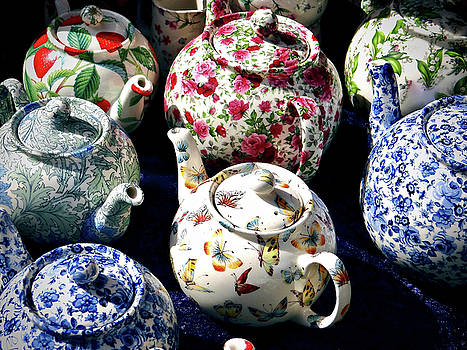 Waltz Of The Teapots by Ira Shander