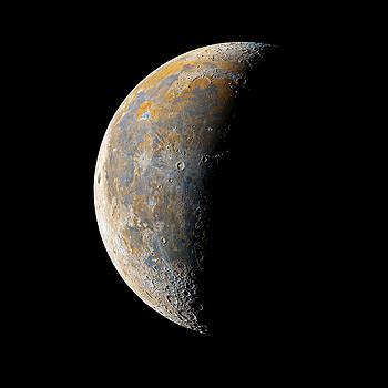 Waning Crescent Moon / Day 23 by Bartosz Wojczynski