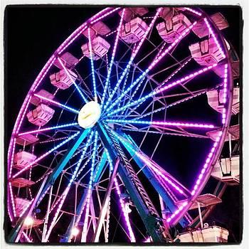 Ferris Wheel by Sean Wray