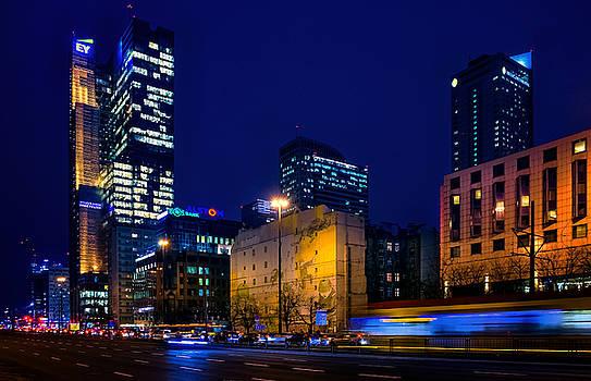 Warsaw Downtown by Tomasz Dziubinski