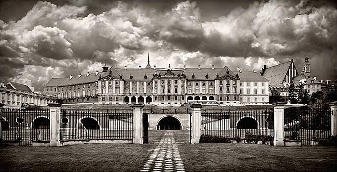 Warsaw by Viktor Korostynski