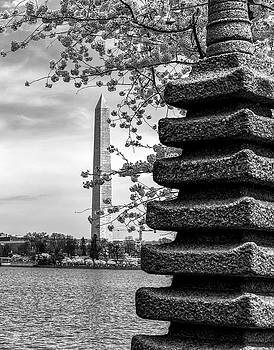 Washington Monument by Japanese Memorial gift to USA by Paul Seymour